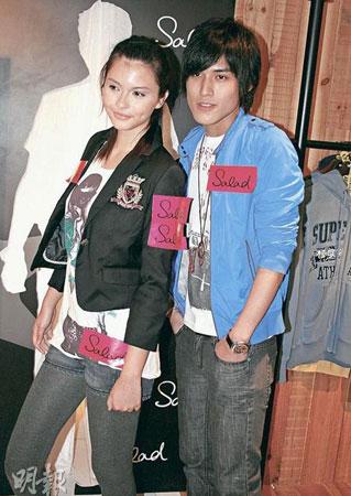 香港帅哥美女争当模特 名校女生穿校服试镜图片